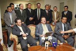 nacionales diputados separan partido arena